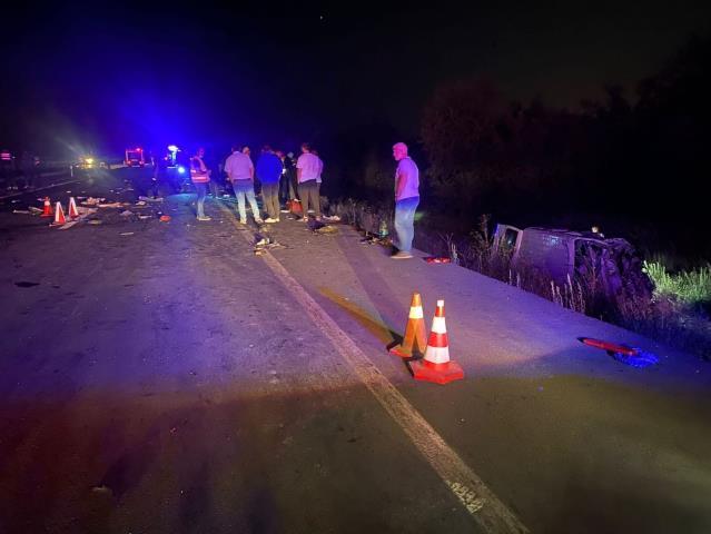 Son dakika haberleri | Afyonkarahisar'da zincirleme trafik kazası: 3 ölü, 2 yaralı
